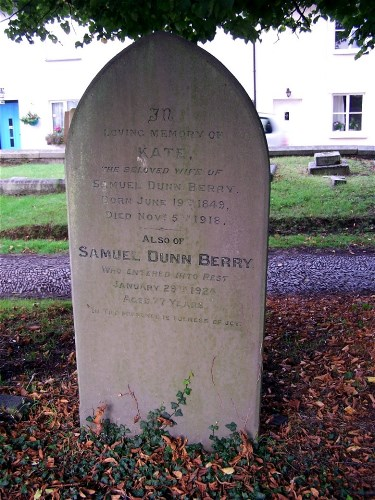 sd berry grave